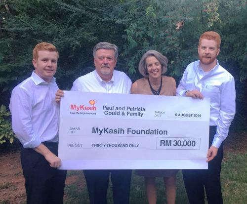 Golfers swing in aid of MyKasih