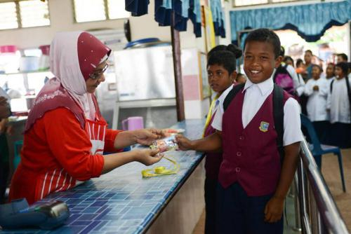 MyKasih and Linaco provide aid to 130 Temiar (Orang Asli) Children